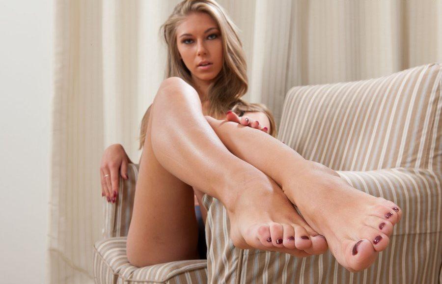 Krystal Boyd's Feet Worship