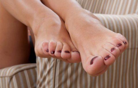 Mistresse's Toes Closeup