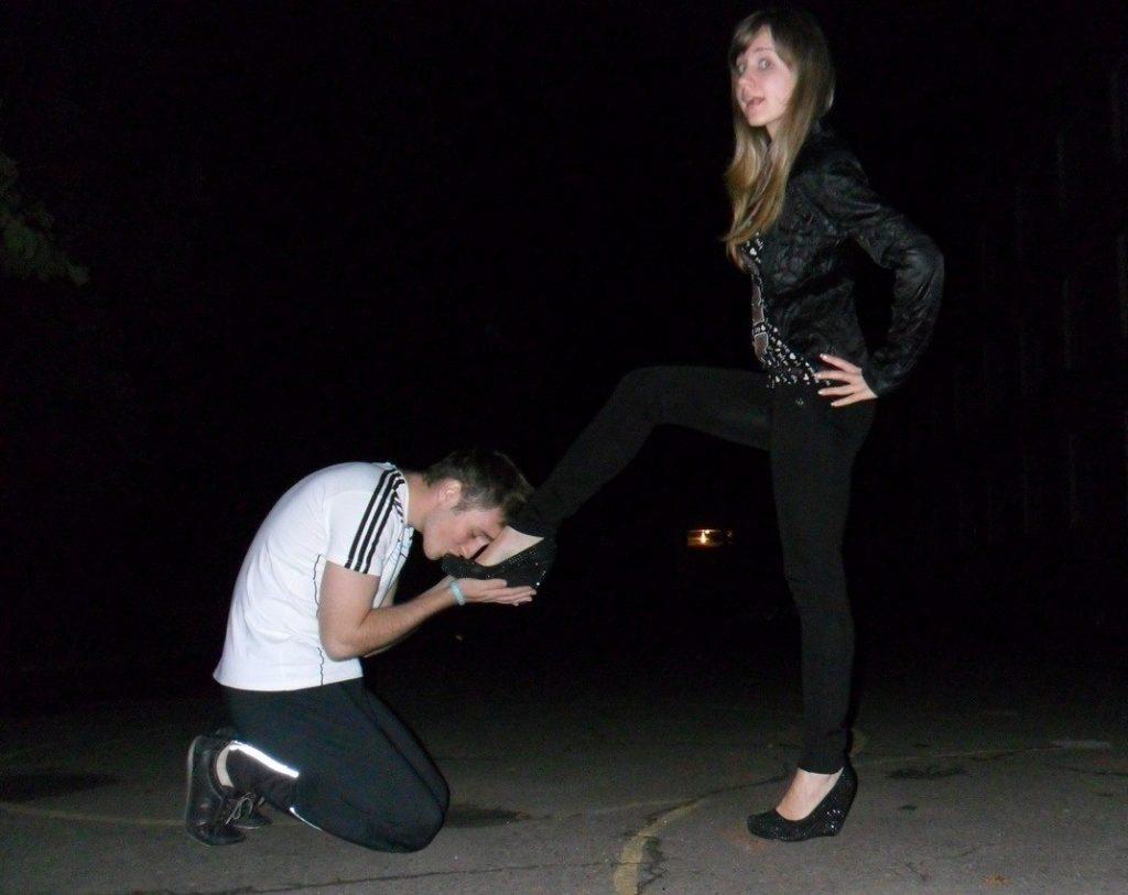 Amateur Russian Foot Worship Femdom Humiliation
