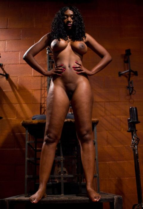 Ebony Mistress Nyomi Banxxx Stands and Waits For You To Worship Her