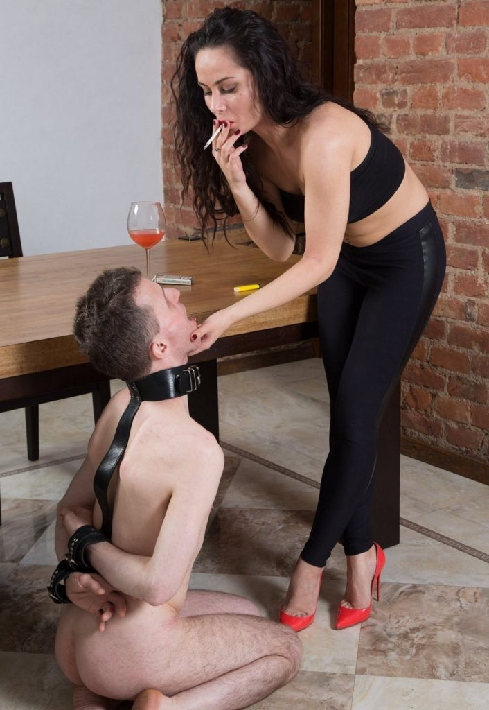 Knelt Human Ashtray For Smokes Russian Mistress Kristall Rush