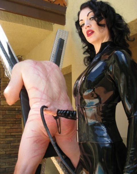 Cruel Mistress Jean Bardot In Late Dress - Hard Whipping Her Slave