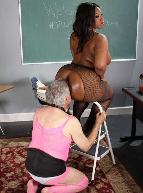Old Sissy Slut Knelt For Sniffing and Licking BBW Ebony Ass