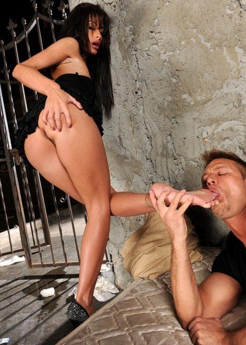 Hot Mistress Randi Wright - Toes Sucking Foot Worship Femdom