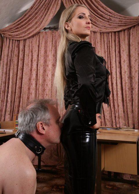 Older Slave Knelt and Kiss Goddesse's Ass In Latex Skirt