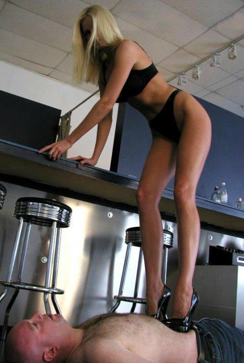 Skinny and Tall Goddess Lorraine Sisco Hard Trample Bald Slave In High Heels
