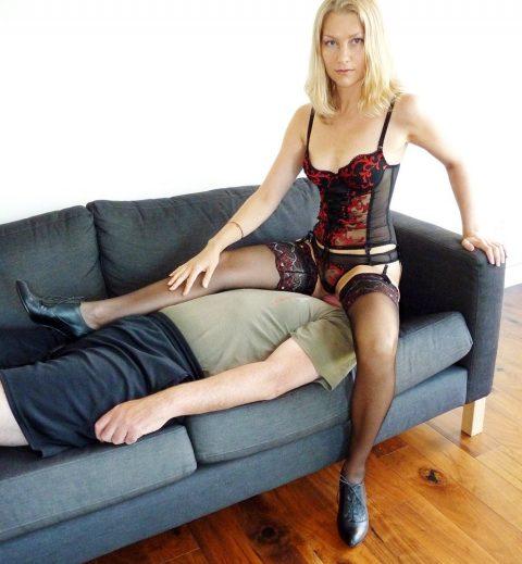 Cruel Wife Yuliya Kate In Sexy Lingerie - Facesitting Female Domination