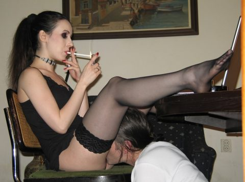 Smoke Break For Mistress Bojana Is Always a Cigarette and Licker-Slave Between Her Legs Working With His Tongue