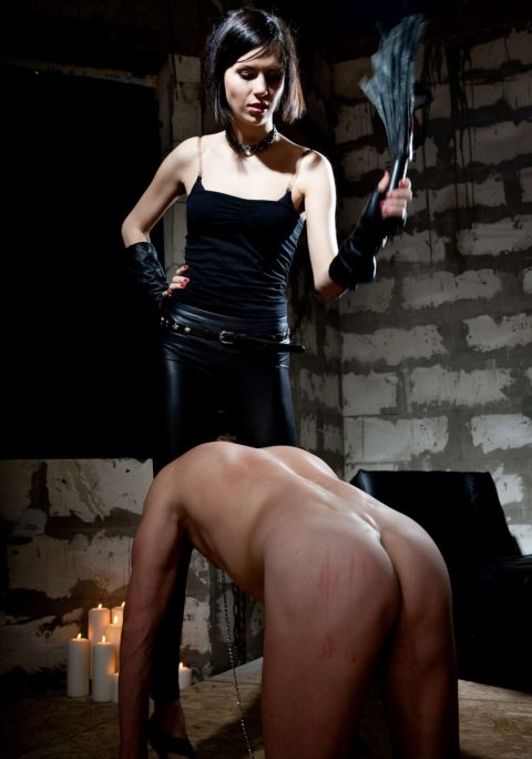 Thin Short Haired Princess Jane Head Scissor Her Nude Pig Slave For Whipping CFNM Femdom