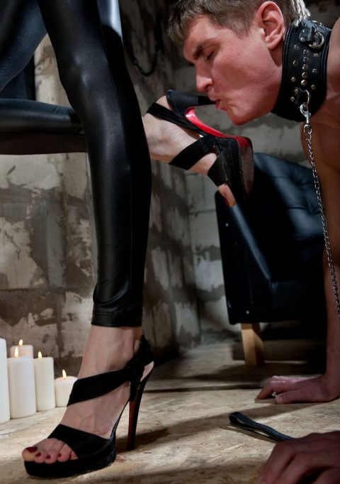 Collared Slave Sucks Dirty High Heel With Cruel Russian Mistress Jane Close-Up