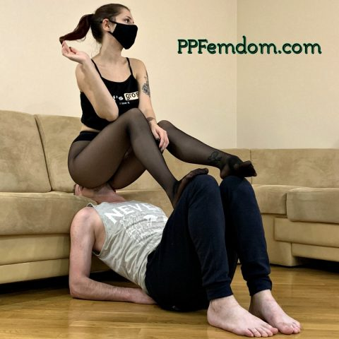 Goddess Sofi In Black Pantyhose Ignored Fullweight Facesitting On Her Human Chair Slave - Extreme Facesit Femdom